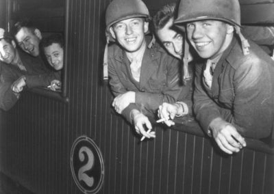 US marines 14 June 1942 on board the train to Paekākāriki. - US National Archives